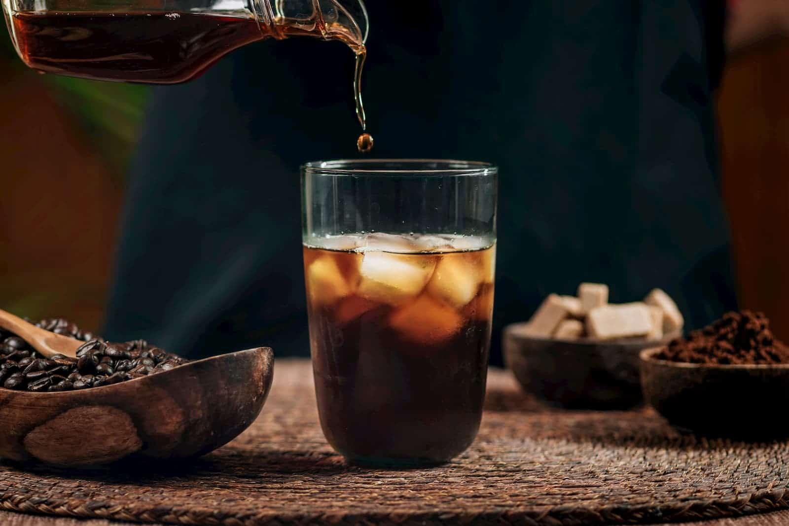 bebida de gelo com café