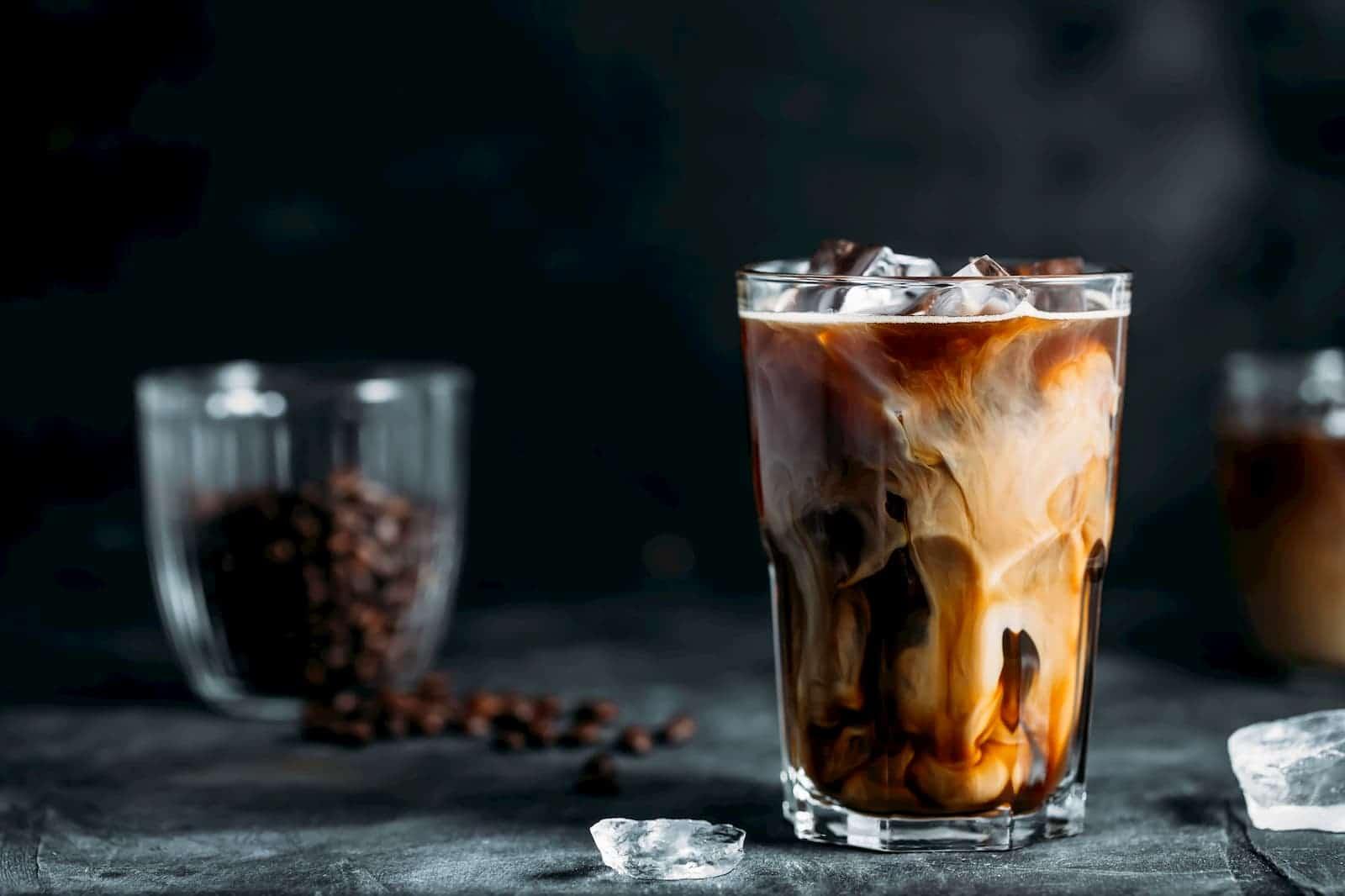 café gelado com chocolate